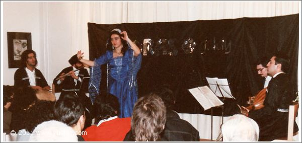 Gülay Princess & The Ensemble Aras at VHS Severinstrasse, Munich (1990)