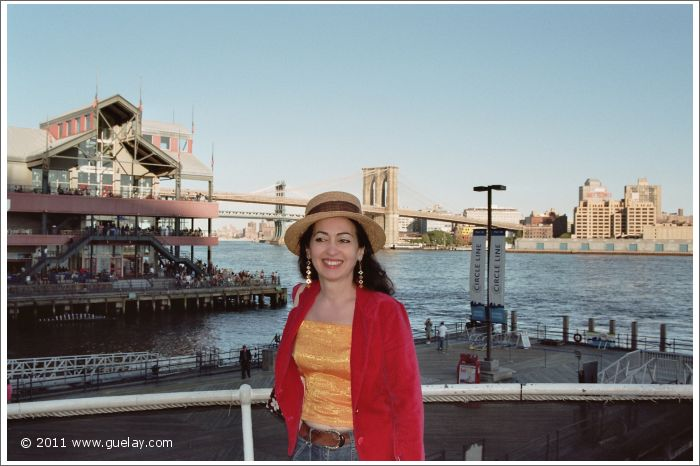 Gülay Princess at Brooklyn Bridge, New york 2005
