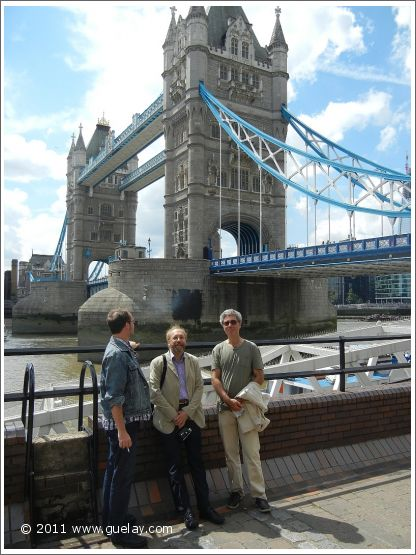 Daniel Klemmer, Josef Olt, Michael Preuschl at Tower Bridge, London