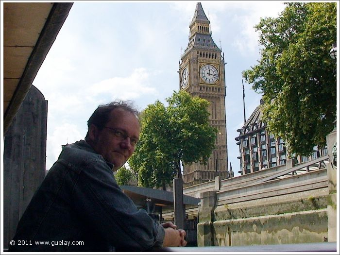 Daniel Klemmer at The Houses of Parliament, London