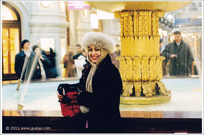 Gülay Princess in GUM department store in Moscow (2001)