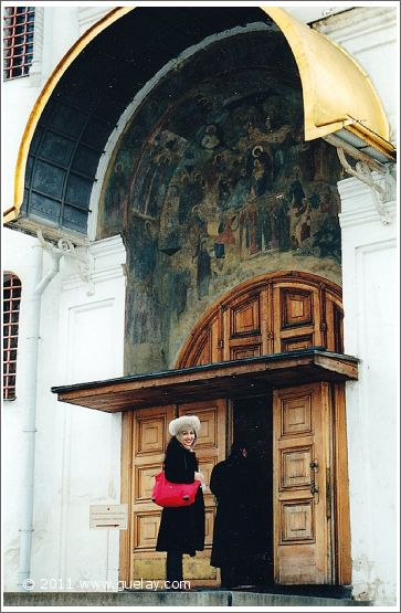 Gülay Princess at Kremlin in Moscow (2001)