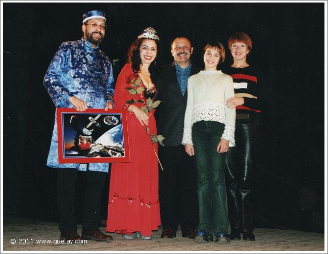 Josef Olt, Gülay Princess and Usachev Family afer concert in Moscow (2001)