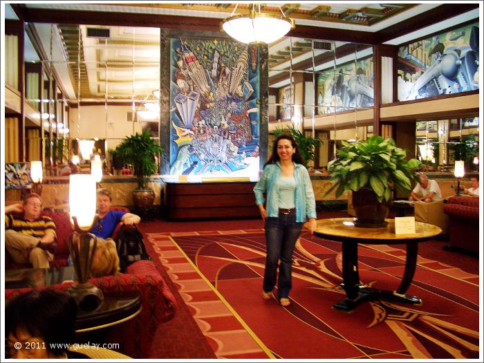 Gülay Princess in Hotel Edison, Manhattan, New York (2005)