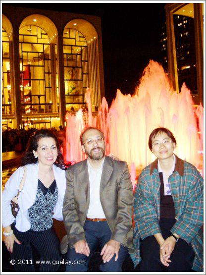 Gülay Princess, Josef and Feng-Chiu in front of The Metropolitan Opera, NYC (2005)