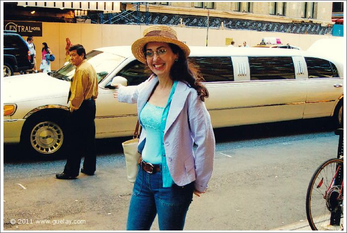 Gülay Princess in Manhattan with streched limousine, New York (2005)