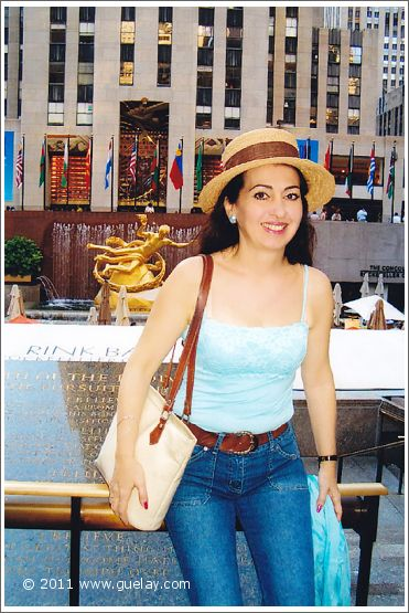 Gülay Princess at the Rockefeller Center, Manhattan, New York (2005)