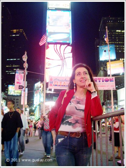 Gülay Princess at Time Square in Manhattan, New Yok (2005)