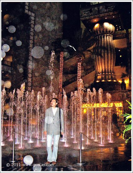 Nariman Hodjati in Hollywood, California (2006)
