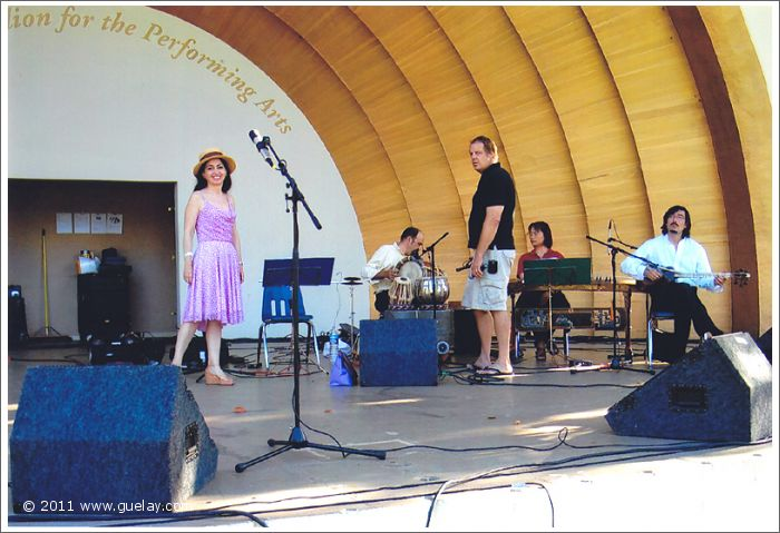 The Ensemble Aras, soundcheck at The Levitt Pavilion, Pasadena, California (2006)