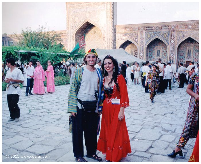 Gülay Princess with Dmitriy Kuprey at Sharq Taronalari Music Festival in Samarkand (1999)