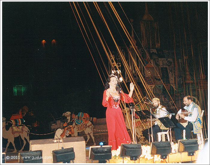 Gülay, Josef Olt and Asim Al-Chalabi at Sharq Taronalari Music Festival (1997)