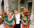 Alexander Shevchenko with girls from Samarkand (1999)